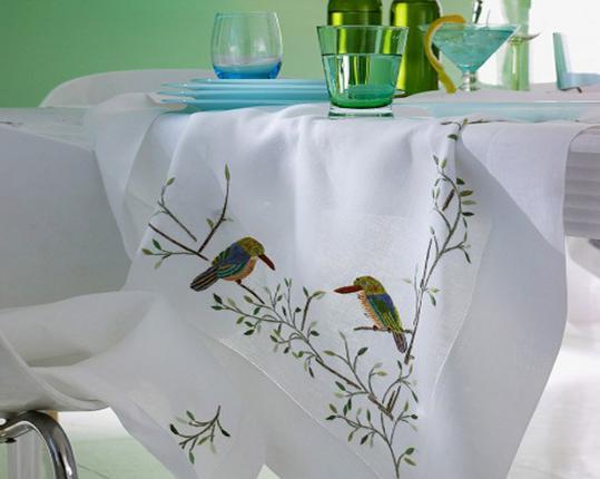 Скатерть Vögel 110 x 110 см производства ERI Textiles купить в онлайн магазине beau-vivant.com