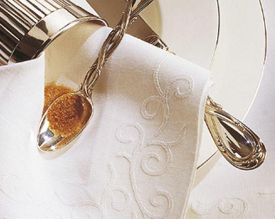 Скатерть Arabesk 110 см х 110 см производства ERI Textiles купить в онлайн магазине beau-vivant.com