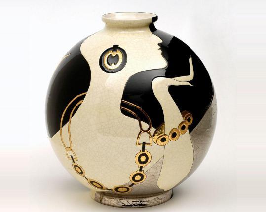 Шарообразная ваза Barbara 38 см   производства Emaux de Longwy купить в онлайн магазине beau-vivant.com