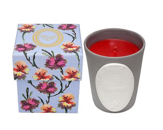 Ароматическая свеча Sérénade производства Ladurée купить в онлайн магазине beau-vivant.com