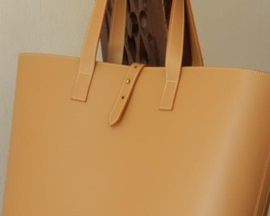 Сумка Cabas Petit Camel производства MIDIPY купить в онлайн магазине beau-vivant.com