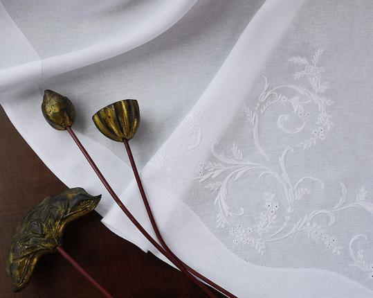 Скатерть Classica, овальная 220 см производства ERI Textiles купить в онлайн магазине beau-vivant.com
