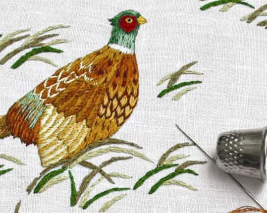 Скатерть Fasan Weiss 110 см х 110 см производства ERI Textiles купить в онлайн магазине beau-vivant.com