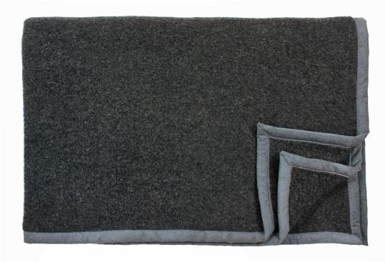 Шерстяной плед Genf (антрацитовый) производства Eagle Products купить в онлайн магазине beau-vivant.com
