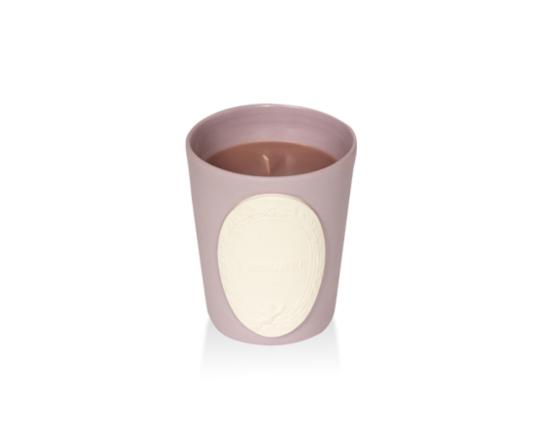 Ароматическая свеча Marron Glacé производства Ladurée купить в онлайн магазине beau-vivant.com