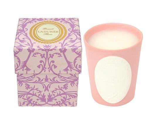 Ароматическая свеча Poudre de Riz производства Ladurée купить в онлайн магазине beau-vivant.com