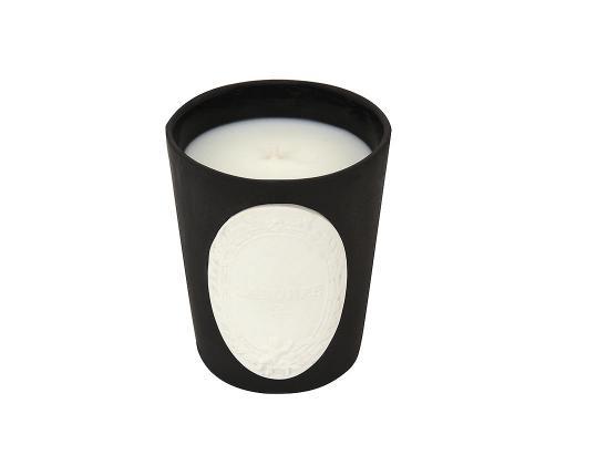 Ароматическая свеча Réglisse производства Ladurée купить в онлайн магазине beau-vivant.com