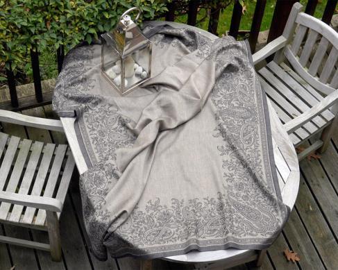 Скатерть Paisley Black 170 см х 250 см