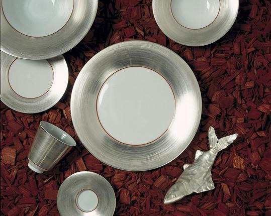 Polite Silver производства  купить в онлайн магазине beau-vivant.com
